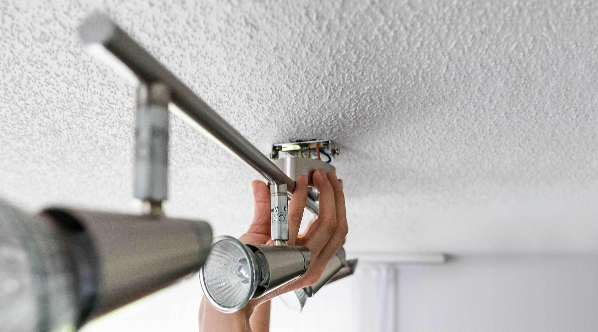 Comment brancher lumière LED ?