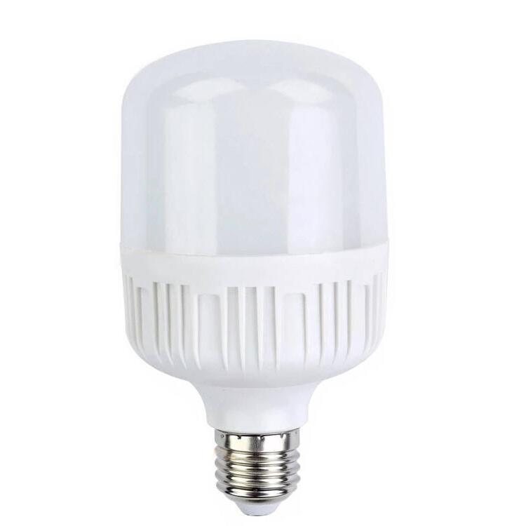 Quelle ampoule LED pour Camping-car ?