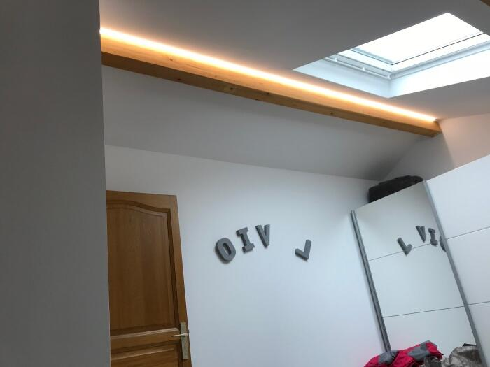 Comment mettre ses LED au plafond ?